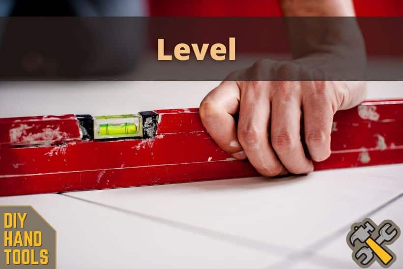 How to Use a Level Correctly (Hand Tools DIY)